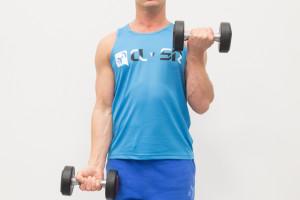 arms-biceps-dumbells-biceps-alternatingstandingcurls-end-8633